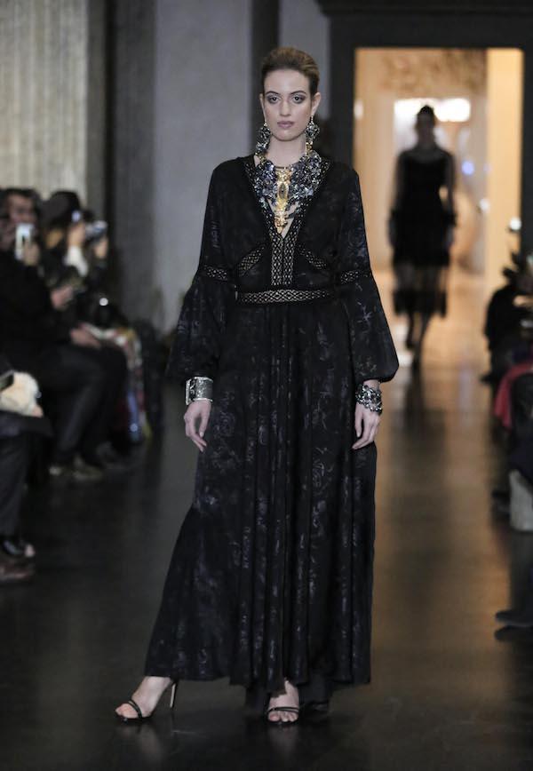 """Alta Roma Fashion Week : per l'evento """"Victoria"""" sfilano i gioielli di Marina Corazziari"""