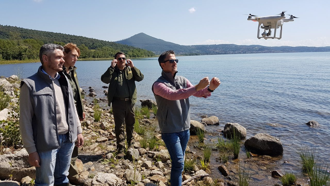 Proseguono le attività di monitoraggio del lago con il drone