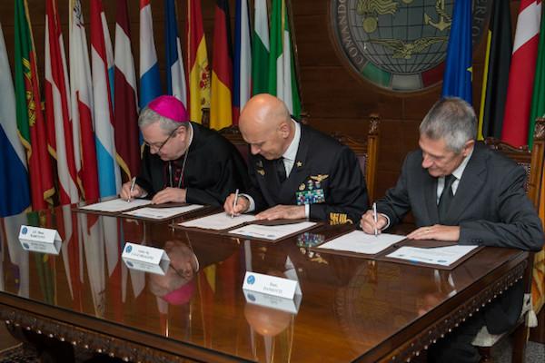 Stato Maggiore Difesa: Firmato accordo con banco farmaceutico