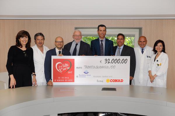"""Conad """"Con tutto il cuore"""" dona  32mila euro per l'Ospedale Bambino Gesù"""
