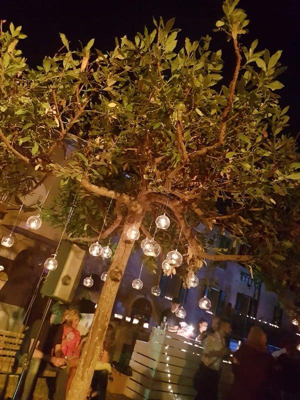 """Ventimila visitatori per """"La notte delle Candele"""" di Vallerano"""