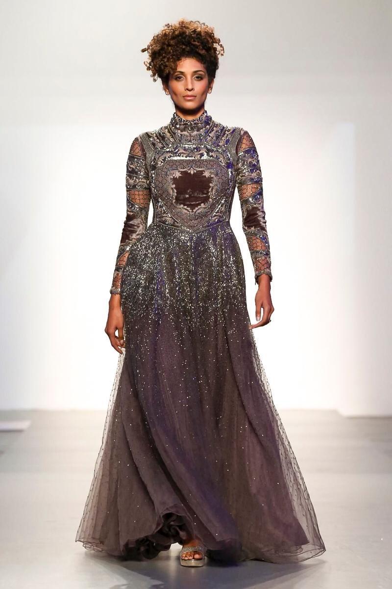 International Couture Fashion Show presenta ad AltaRoma Fashion Hub il 27 gennaio 2019 –  Prati Bus District