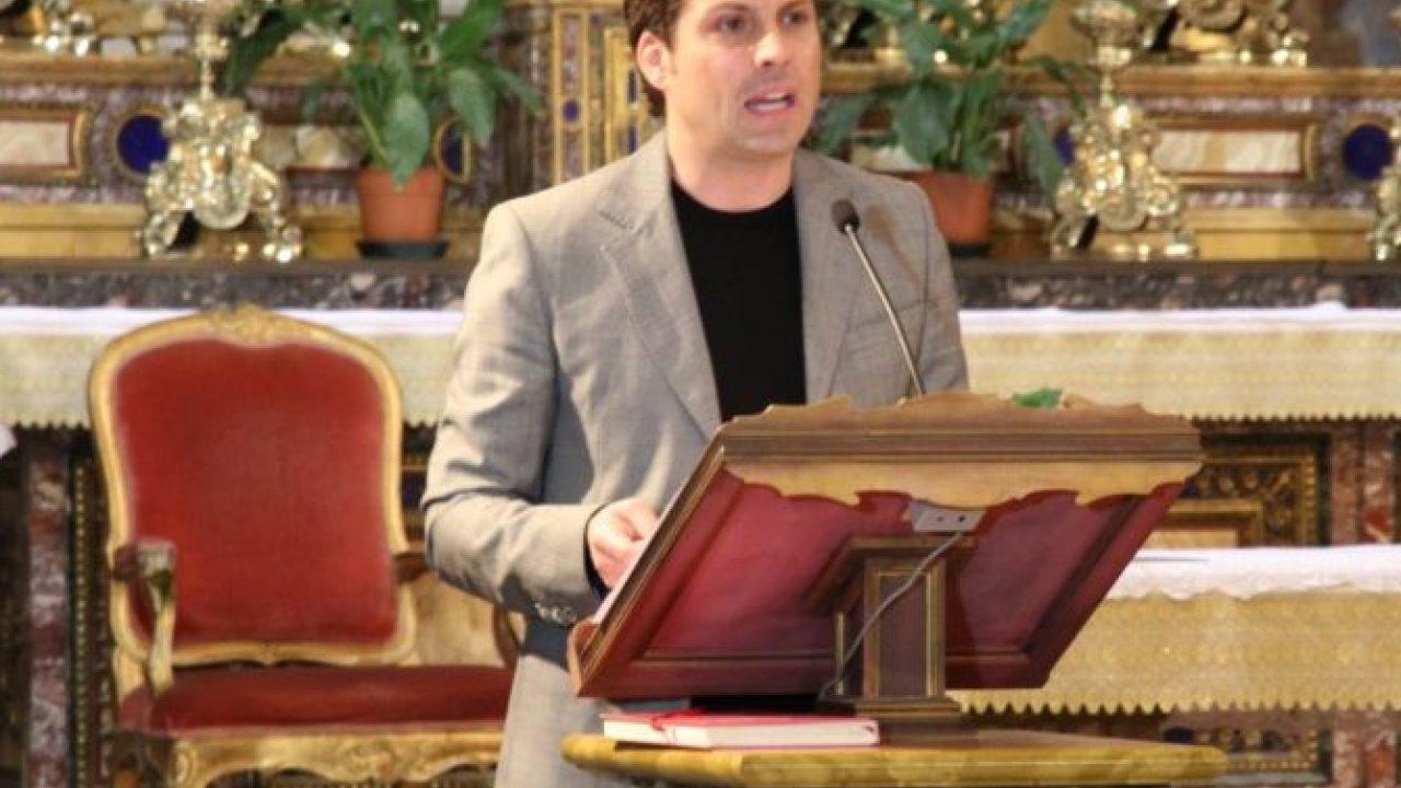 """""""I Ritratti di Santi"""": il 25 marzo 2019 primo appuntamento con Giulio Base che legge la vita di Oreste Benzi nella Chiesa di Santa Maria della Vittoria"""