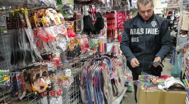 Carabinieri NAS: sequestrati oltre 77mila articoli di carnevale privi dei requisiti di sicurezza