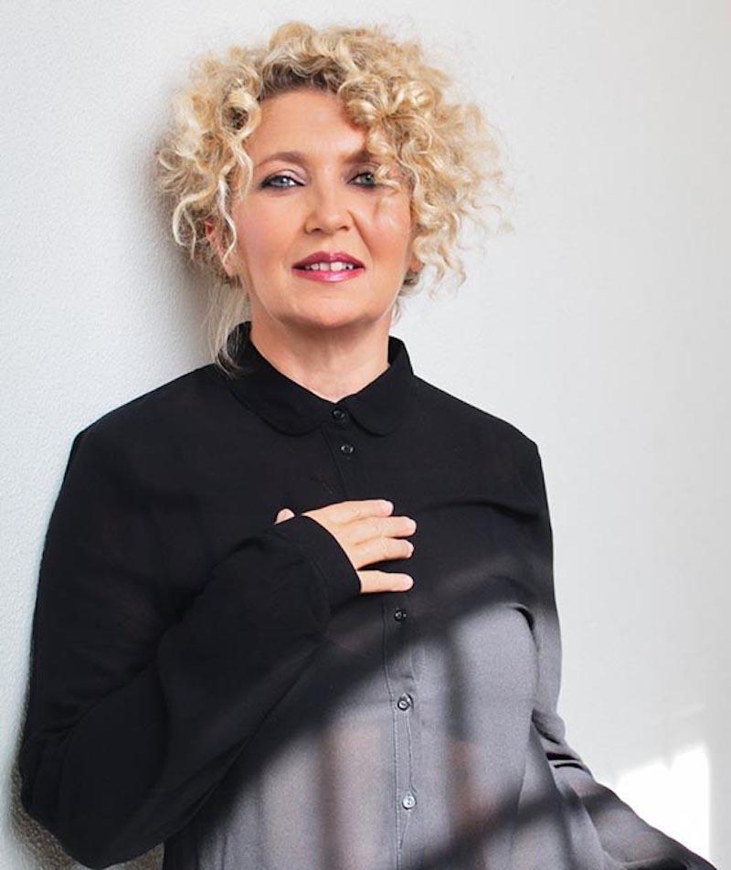 """A tu per tu con: Rossana Casale in """"Jazz, Trent'anni da Brividi – Acustica"""" il 12 e 13 aprile al Teatro Golden"""