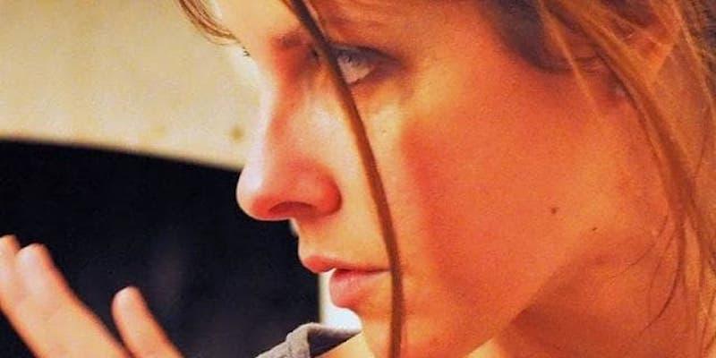 """Maggio dei Libri: performance poetica di Silvia Salvagnini con musica di Nico De Giosa e voce di Alessandra Trevisan, giovedì 16 maggio alle 17.00 in Barchessa """"XXV Aprile"""" a Mirano"""