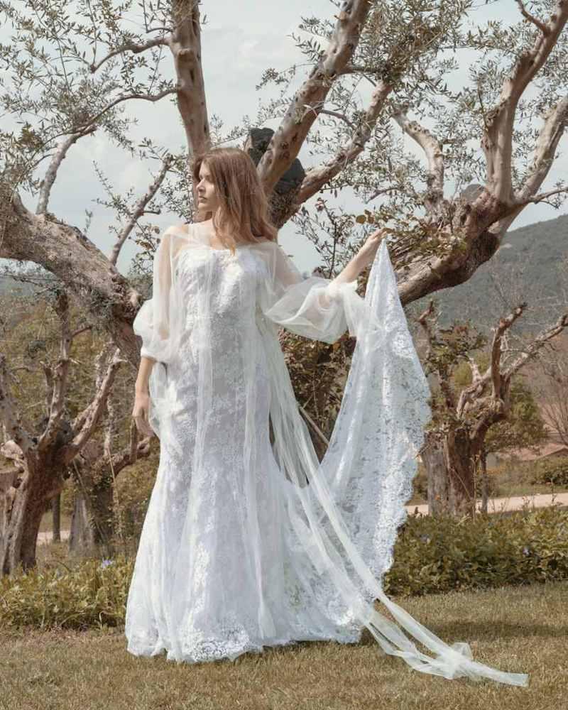 """""""Wedding Night Dream"""" celebra l'apertura de """"La Torretta"""", che porta l'eleganza delle creazioni firmate La Vie En Blanc in un nuovo spazio nel cuore della Sabina"""