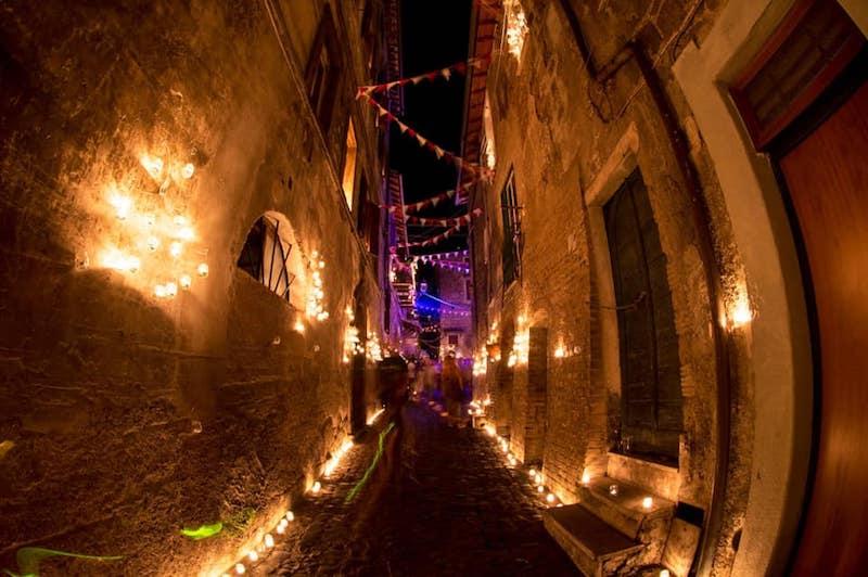 """""""La notte delle candele"""" di Vallerano torna per la tredicesima volta! a Vallerano il 31 agosto"""