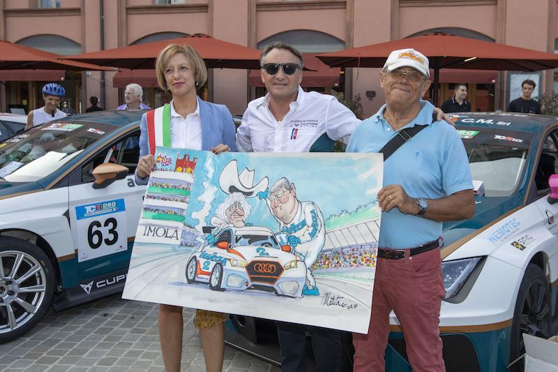 Il motorsport scende in piazza a Imola