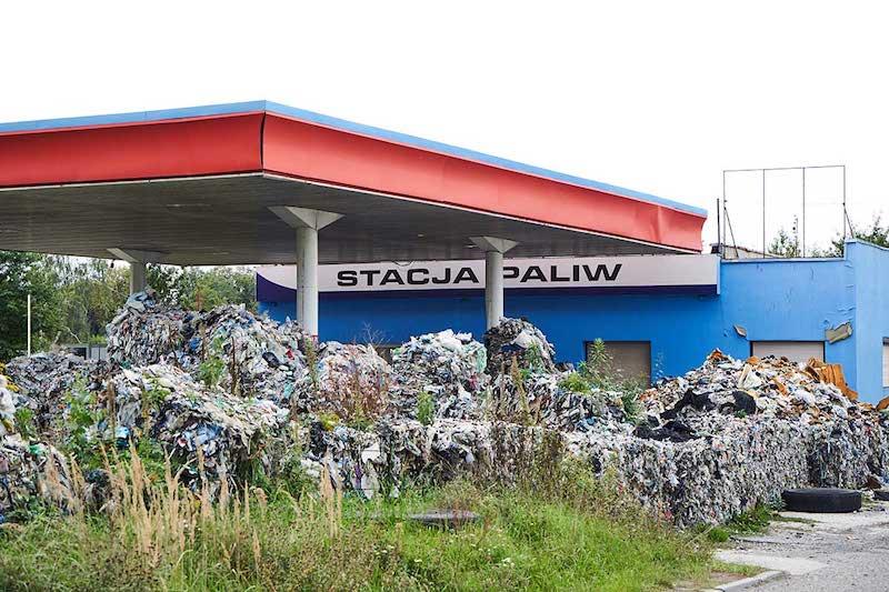 Plastica: Greenpeace denuncia rifiuti italiani abbandonati in Polonia