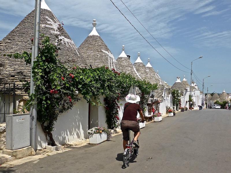 La Puglia piace e fa registrare un trend in crescita di tutti gli indicatori del settore turistico.