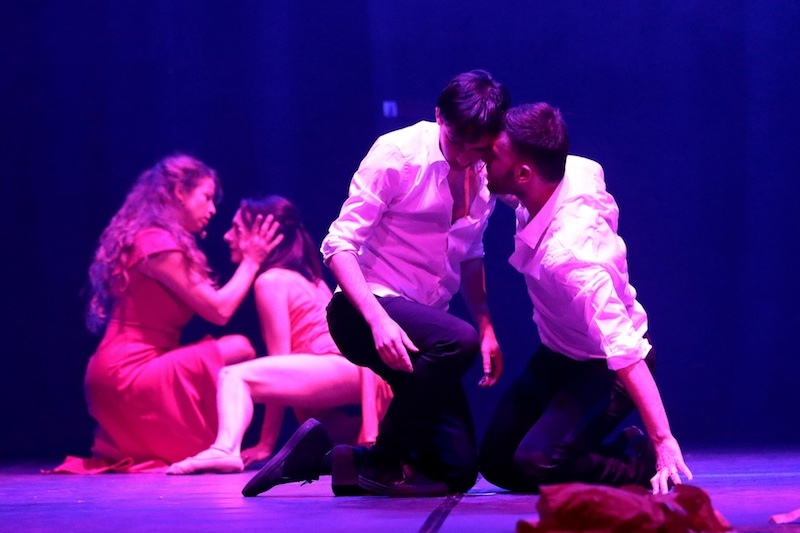 """Teatro: """"Intrecci d'amore"""" porta sul palco i sentimenti oltre gli stereotipi e i pregiudizi"""