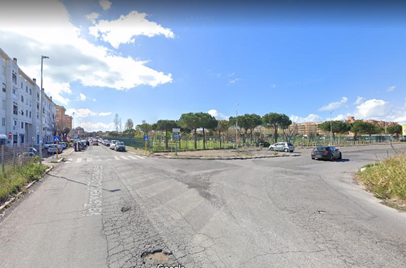 Sinistra Italiana X Municipio: Via Tancredi Chiaraluce angolo Via della Martinica, subito il ripristino della segnaletica orizzontale e miglioramento di quella verticale.