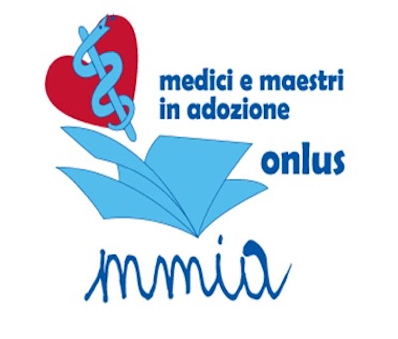 Live drawing for M.M.I.A. Onlus dell'artista Roberto Di Costanzo il 12 dicembre 2019 ore 19.30