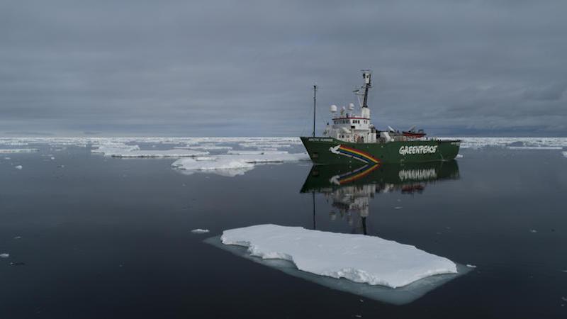 Clima: due navi di Greenpeace in Antartide per una missione scientifica