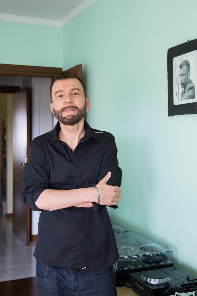 """Claudio Guerrini, dopo TV e radio, spopola anche sul web con il one man show """"Guerrini viral"""""""