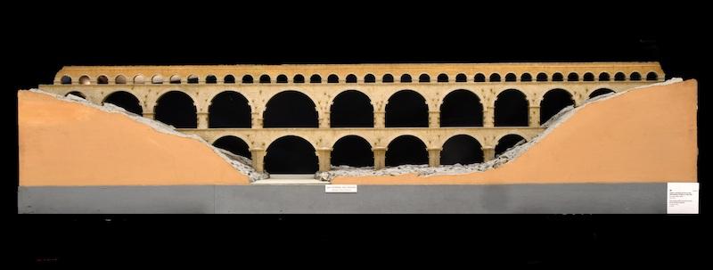 Ai Mercati di Traiano la mostra Civis Civitas Civilitas  si arricchisce di 24 plastici, 5 rilievi e un ritratto