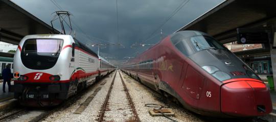 Covid-19: No di Speranza ad allentamento misure treni