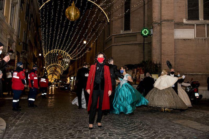 A Via Margutta e Via del Babuino brillano le Stelle e Luci di Natale