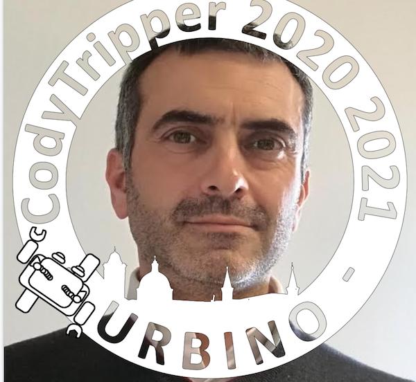 Decine di migliaia di persone in gita a Urbino, insieme, online