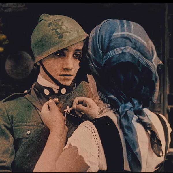 E' uscito il 4 dicembre su tutte le piattaforme digitali il nuovo videoclip TEMPO, interpretato e cantato da Ambrogio Sparagna