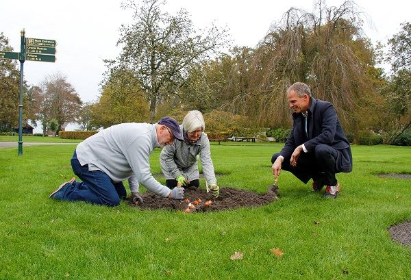 US-ambassador plants 'American Dream' in Keukenhof