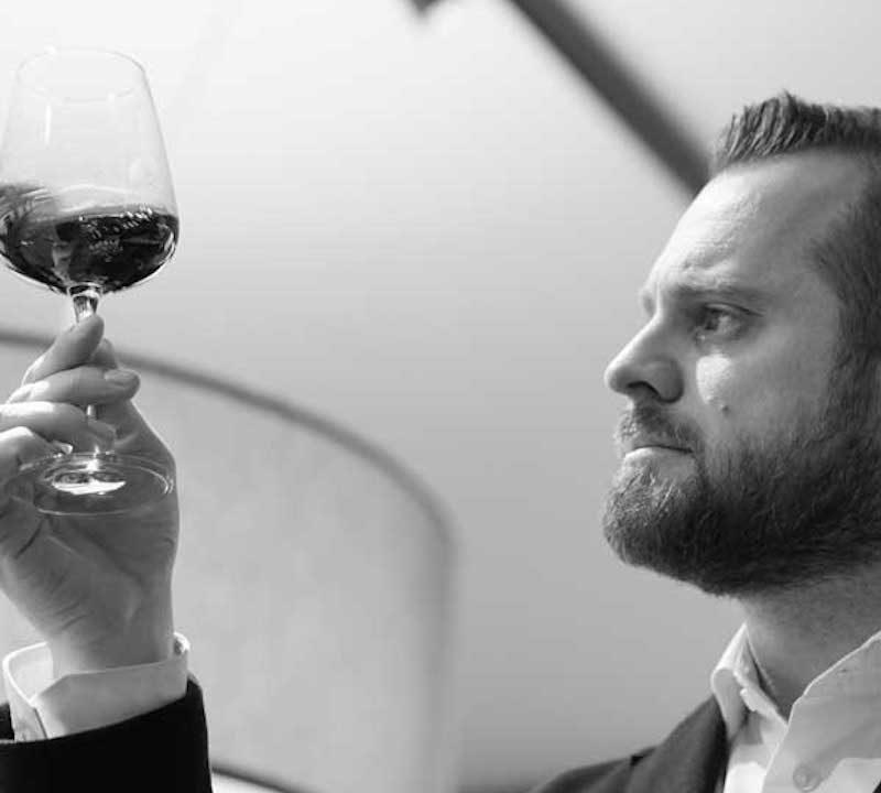 Francesco Pagani il personal Sommelier che racconta il vino all'alta finanza