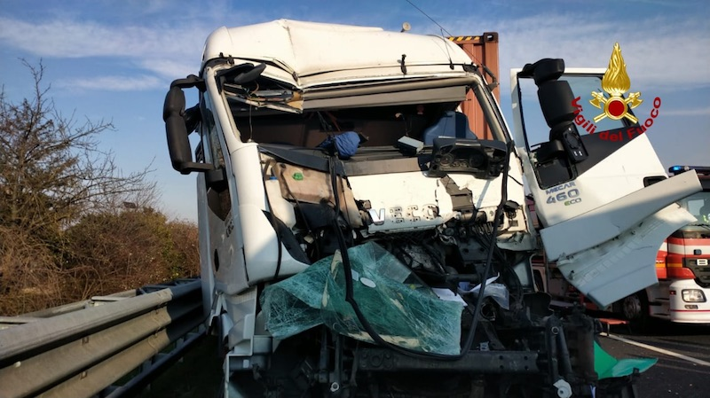 Vigili del Fuoco – Portogruaro (VE), Incidente mortale in A4 tra tre mezzi pesanti