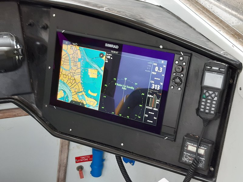 SUEM Veneto – L'idroambulanza EM1 rientra in servizio nella laguna di Venezia con nuovi aggiornamenti tecnici d'avanguardia