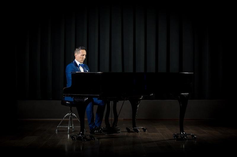 """Il 24 marzo esce """"L'arcobaleno"""" Il nuovo singolo del tenore Spero Bongiolatti"""