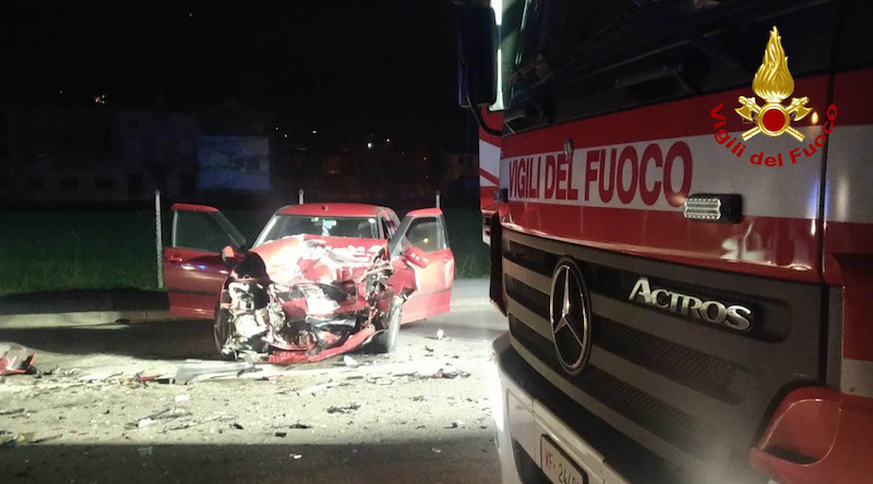 Vigili del Fuoco – Malo (VI), Frontale tra due auto in Via Leonardo da Vinci: Ferite entrambe le conducenti