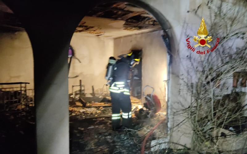 Vigili del Fuoco – Marcon (VE), Incendio di un casolare abbandonato in Via Fornace, nessuna persona coinvolta