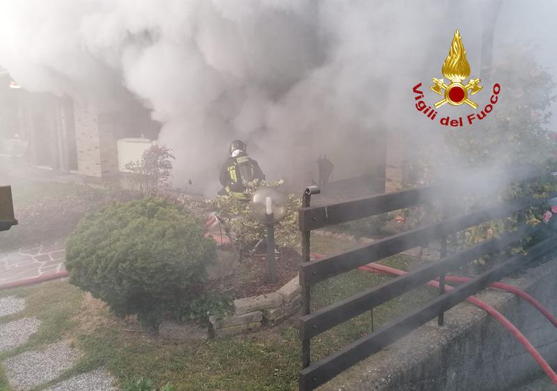 Vigili del Fuoco - Cazzago (VE), Incendio nel seminterrato ...