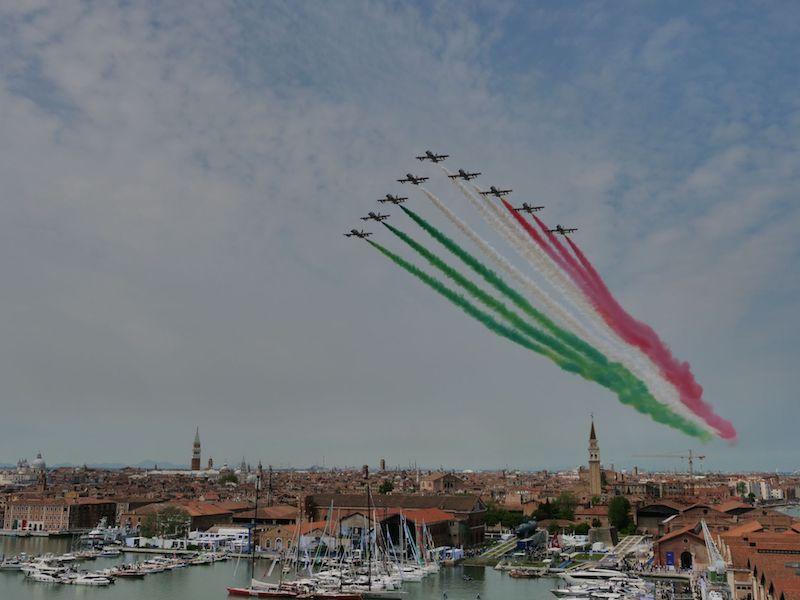 Salone Nautico Venezia 2021 – Cerimonia di inaugurazione della seconda edizione con le Frecce Tricolori che hanno sorvolato l'Arsenale (SLIDESHOW)