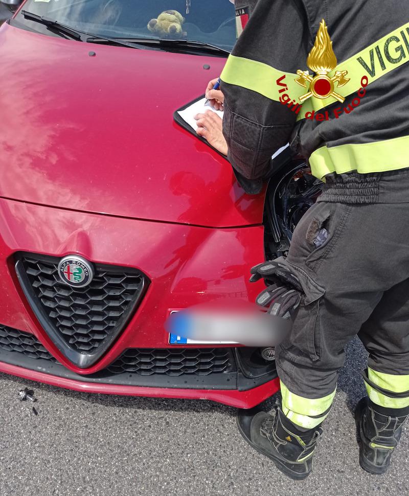 Vigili del Fuoco – Lonigo (VI), Frontale sulla SP17 fra una Fiat Panda ed un furgone: 4 feriti di cui uno grave trasferito in eliambulanza al San Bortolo