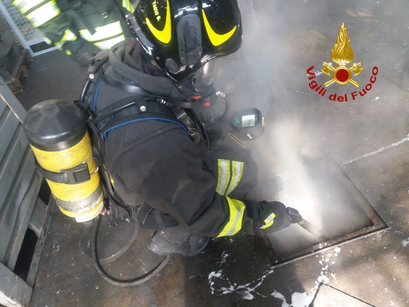 Vigili del Fuoco – Trissino (VI), Incendio nell'impianto di aspirazione fumi di un'azienda metalmeccanica