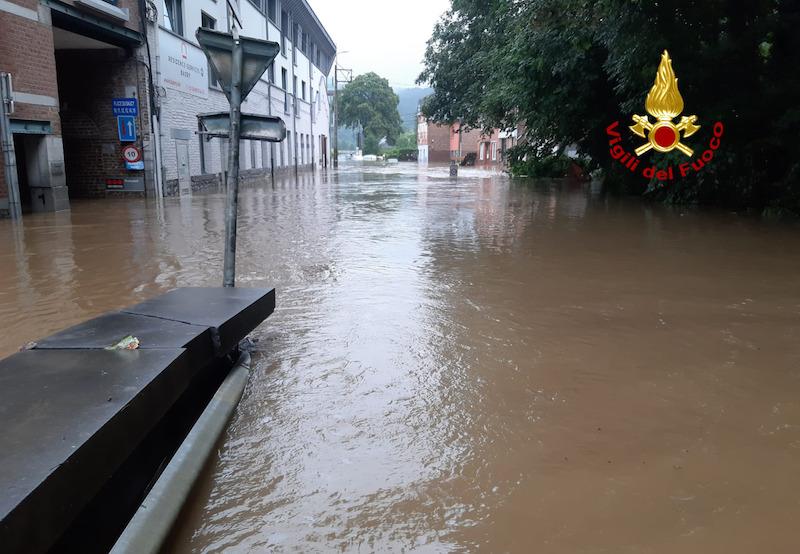 Alluvione in Nord Europa – Partiti ieri sera dall'Aeroporto Marco Polo di Venezia 12 Soccorritori Acquatici e Fluvialidei Vigili del Fuoco del Veneto: Già al lavoro in zona operazioni di soccorso in Belgio – IN AGGIORNAMENTO