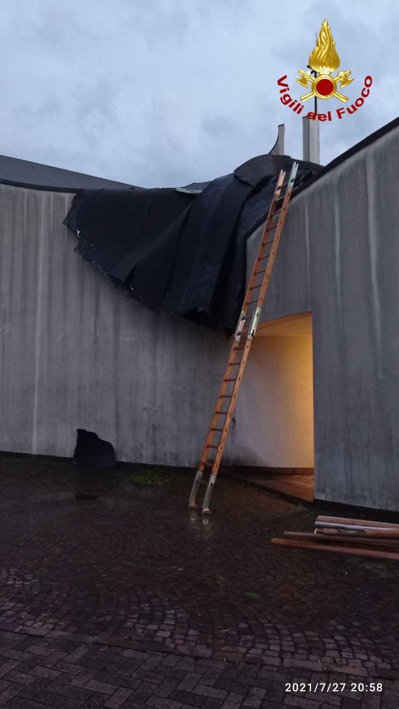 Vigili del Fuoco – Violenta ondata di maltempo in Veneto: Circa 600 le richieste di intervento alla Sala Operativa dei VVF
