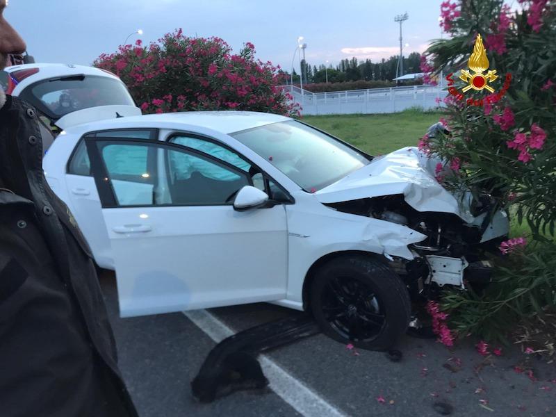 Vigili del Fuoco – Jesolo (VE), Incidente tra due auto in Via John Lennon: Sei feriti tra cui un pedone