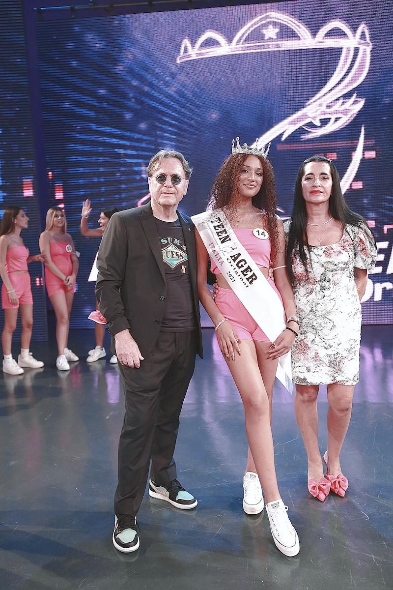 """MISS TEENAGER ORIGINAL ITALIA 2021"" è la romana Angelica Falchi"